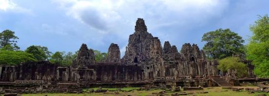 Angkor-Thom-Bayon-temple