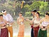 Quan hệ giữa sử thi Phả Đeng Nang Ày,  chuyện Pháya Khăn Khác (chúa Cóc)  với lễ hội Bun Băng Phay của ngườiLào