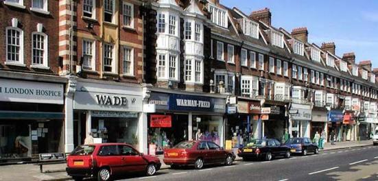 Golders Green, trung tâm của người Do trung lưu tại London