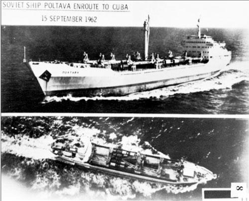 Tàu Poltava của Liên Xô trên đường tới Cuba ngày 15/9/1962.