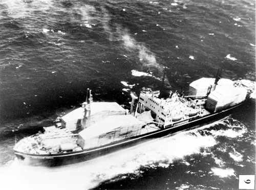 Tàu chở tên lửa Komar của Liên Xô trên đường tới Cuba