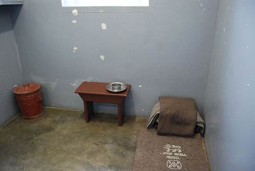 Phòng giam của Mandela trên đảo Robben.
