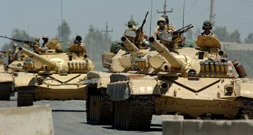 """Đại đội C, Tiểu đoàn số 1, Trung đoàn Staffordshire, Sư đoàn thiết giáp số 1 Hoàng gia Anh trong chiến dịch """"Thanh kiếm sa mạc""""."""