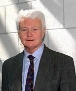 Tiến sĩ Winfried Scharlau