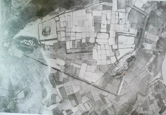 Phượng Hoàng Trung đô, ảnh chụp từ máy bay (trích trong cuốn An Tĩnh cổ lục của L. Breston).
