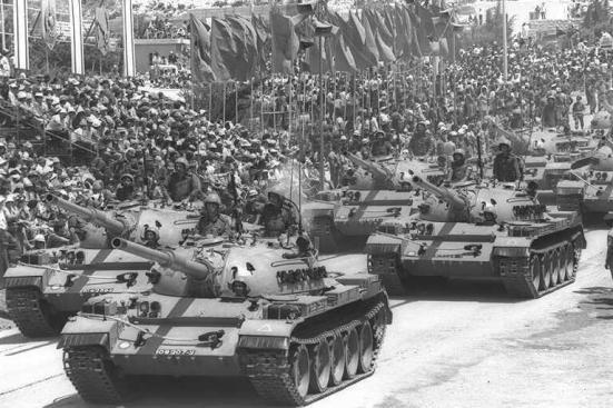 T-55 chiến lợi phẩm được Israel lắp pháo L7 105mm thay pháo 100mm