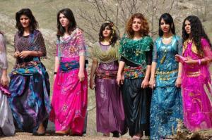Những cô gái xinh đẹp người Kurd