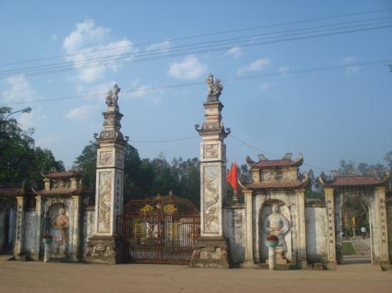 Đền Quả Sơn, Nghệ An – thờ Uy Minh Vương Lý Nhật Quang