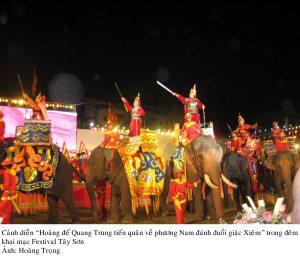 1-8 khai mac festival Tay son[1]. 3