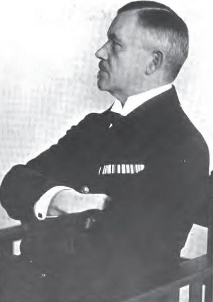 Phó Đô đốc Reinhard Scheer, chỉ huy hạm đội Đức