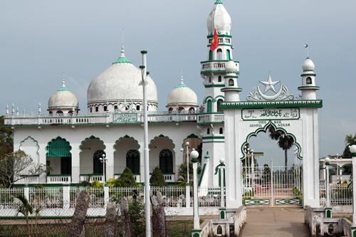 Thánh đường Đạo Hồi ở Châu Đốc – An Giang.