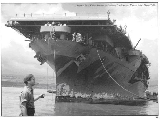 chiếc USS Yorktown tại trận Midway ngày 4/06/1942, chỉ một tiếng sau đó là nó tung các đợt tấn công bằng các chiến đấu cơ vào quân Nhật