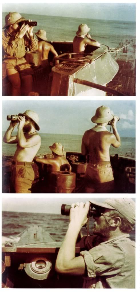 Ảnh chụp Sói bầy khi họ đang dùng ống nhòm để quét đường chân trời để tìm cột buồm cũng như khói của các đoàn Công voa (theo cách ăn mặc của mấy bác sói biển này thì chắc là đang đi săn ở Địa Trung Hải rồi).