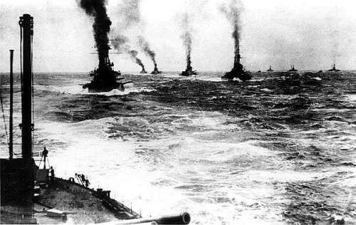 Cuộc rượt đuổi giữa các tầu chiến của Hải đội Anh và Hải đội Đức