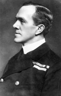 Ảnh Phó Đô đốc Sturdee người đã chiến thắng trong trận hải chiếc Falkaland