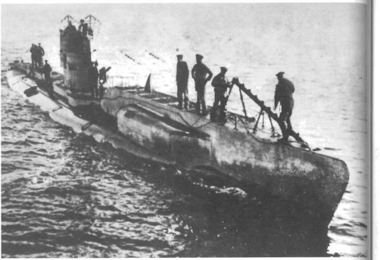 Đây là ảnh đầy đủ của chiếc UB1, nó là tầu ngầm ven biển được nâng cấp thành tầu ngầm thả thủy lôi
