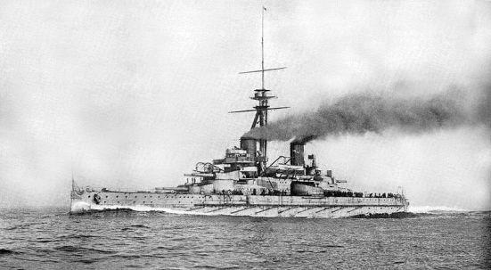 thiết giáp hạm của Brazil Minas Geraes trên biển vào đầu năm 1910