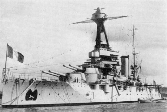 Chiếc Provence, một thiết giáp hạm lớp Bretagne của Pháp