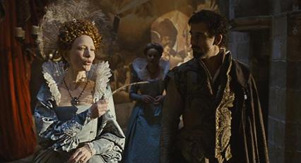 hình ảnh Francis Drake trong phìm Elizabeth The Golden Age