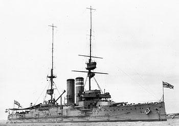 Chiếc thiết giáp hạm HMS Dominion thuộc lớp tầu King Edward VII được hạ thủy vào cuối thời kỳ Thiết giáp hạm tiền Dreadnought năm 1903