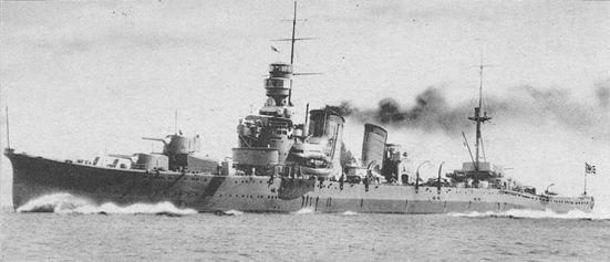 Tuần dương hạm hạng nặng Furutaka - khuôn mẫu của tuần dương hạm hạng nặng Nhật Bản, nó có trọng tải 9.150 tấn, tốc độ 34,5 hải lý/ giờ, giáp đai dày 76 mm, giáp boong dày 36 mm, vũ khí chính gồm 6 súng 20 cm, 4 súng 4.7in (120mm), tám ống phóng ngư lôi 24 in.