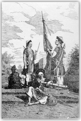 """John Crawfurd, nhà du lịch người Anh từng được phép viếng thăm Kinh Thành Huế năm 1822, miêu tả: """"Khoảng diện tích trong thành có nhiều con đường đều đặn và rộng rãi, chạy cắt nhau ở những góc vuông… Những điều đầu tiên bên trong nội thành gây sự tò mò của chúng tôi là những kho lúa của triều đình. Chúng tạo thành những dãy khổng lồ của nhiều căn được sắp đặt theo một thứ tự đều đặn, chứa đầy lúa gạo, mà chúng tôi nghe nói có thể nuôi cả kinh thành trong nhiều năm. Sự tích trữ lương thực này có tác dụng giữ vững chính sách độc đoán của triều đình… Những kiến trúc binh xá ở đây thật tối ưu. Kể về phương diện có hàng lối ngăn nắp và sạch sẽ thì các binh xá này tỏ ra không thua kém so với các đạo quân được tổ chức tốt nhất ở Âu Châu. Chúng dàn trải và bao bọc toàn bộ phần ngoài Kinh Thành. Nghe nói thường có từ 12,000 đến 13,000 người trong đạo quân thường trực ở các binh xá tại kinh đô."""" Phê bình kiến trúc Kinh Thành Huế, Le Rey, thuyền trưởng tàu Henri, người từng đến Huế năm 1819 phê bình: """"Kinh Thành Huế nhất định là thành lũy đẹp và đều đặn nhất ở Indo-China, kể cả hai thành do người Anh làm là William ở Calcutta và Saint Georges ở Madras."""" John Crawfurd, nhà du lịch người Anh từng được phép viếng thăm Kinh Thành Huế năm 1822, lúc về nước viết sách ca ngợi công trình của nó và kết luận: """"Không cần phải nói, đối với một pháo đài như thế này một kẻ thù ở Á Châu không làm gì hạ nổi. Nhược điểm lớn nhất của nó ở chỗ nó rộng mênh mông. Tôi tưởng phải cần đến ít nhất một đạo quân 50,000 người mới đủ cho sự phòng thủ."""" Oái oăm thay, thành lũy này lại it nhất hai lần thất thủ và chỉ trong thời gian nhanh chóng nhất. Lần thứ nhất vào ngày 5 tháng Bảy năm 1887, cái ngày mà mọi người dân Huế đều gọi là ngày Kinh Đô Thất Thủ, nhiều trăm người dân vô tội bị chết vạ oan, hiện nay hằng năm, người dân Huế làm lễ cầu hồn rất trang nghiêm tại ngã tư Âm Hồn, bên trong cửa Đông Ba. Lần thứ hai vào dịp Tết Mậu Thân, 1968, thành mất chỉ trong một buổi sáng. Đó là một dấu hỏi lớn về mặt"""