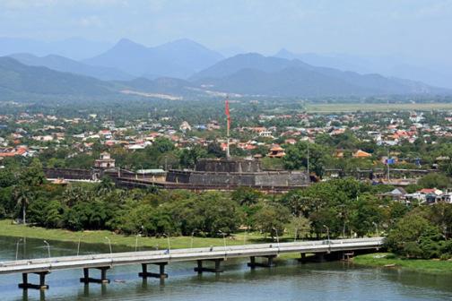Kỳ đài Phu Văn Lâu ngày nay. (Hình: Lưu Ly/Wikipedia)