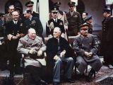 Hội nghị Yalta 1945: Trật tự mới và kẻ thắng ngườithua