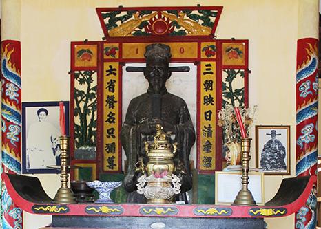 Phan Thanh Gian - tuong trong den tho