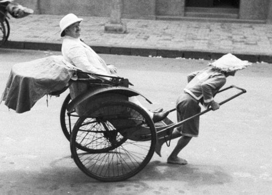 Redsvn-Hanoi-1940-Harrison-Forman-37.jpg