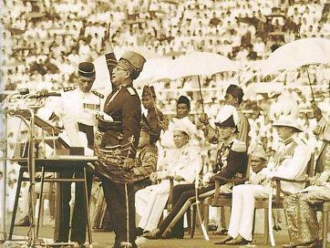 Merdeka_1957_tunku_abdul_rahman.jpg