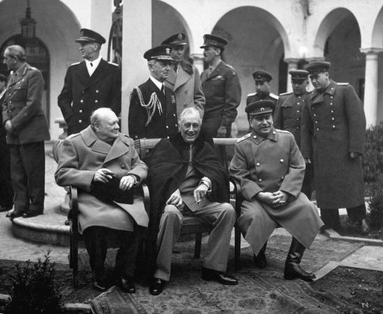 1920px-Yalta_Conference_(Churchill,_Roosevelt,_Stalin)_(B&W)