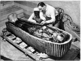 Thần linh, mồ mã và học giả- Câu chuyện khảo cổ (Phần2)