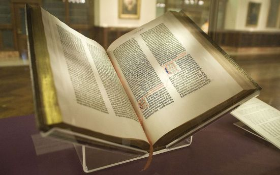 Gutenberg_Bible-NY_Public_Library_CC-BY-SA-2-0