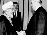 Giáo chủ Iran từng viết thư khuyên lãnh đạo Liên Xô Gorbachev bỏ chủ nghĩa Cộngsản