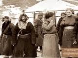 Anh hùng hay tướng cướp: Osman Batyr và các nhóm vũ trang người Kazakh ở Tây TrungQuốc
